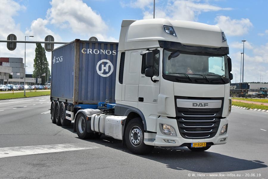 20190620-NL-Rotterdam-Containerhafen-00043.jpg