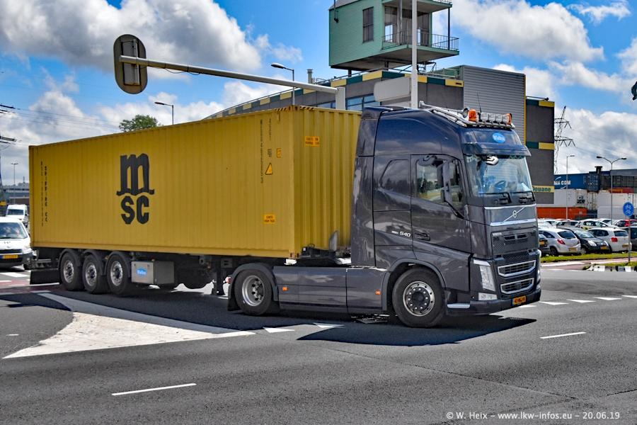 20190620-NL-Rotterdam-Containerhafen-00049.jpg