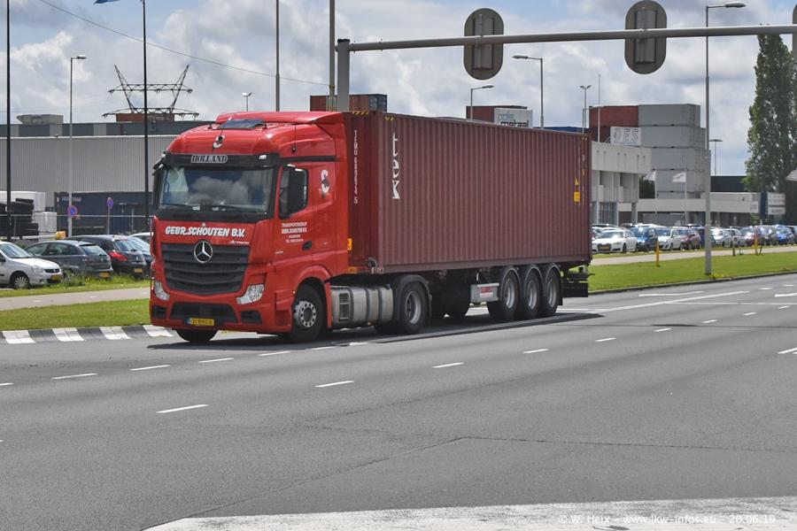20190620-NL-Rotterdam-Containerhafen-00054.jpg