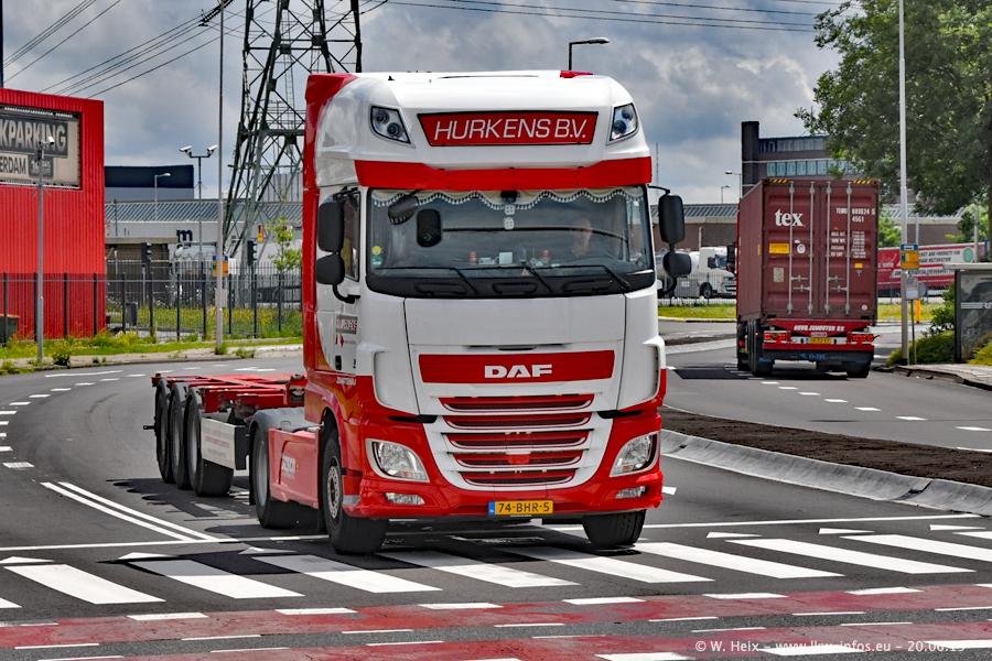 20190620-NL-Rotterdam-Containerhafen-00058.jpg