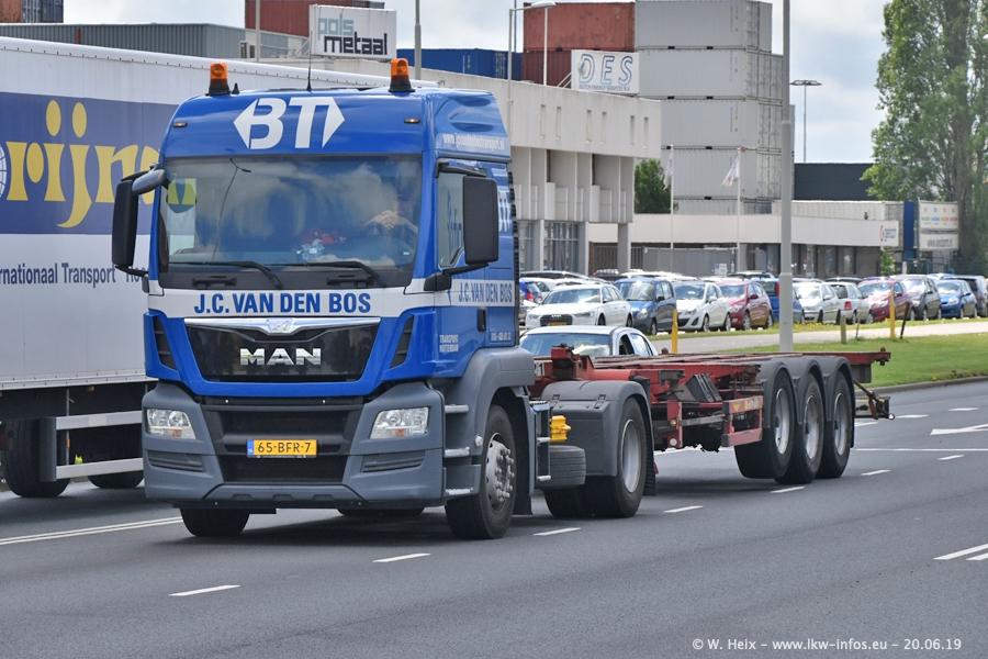 20190620-NL-Rotterdam-Containerhafen-00076.jpg