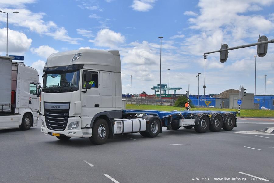 20190621-Rotterdam-Containerhafen-00010.jpg