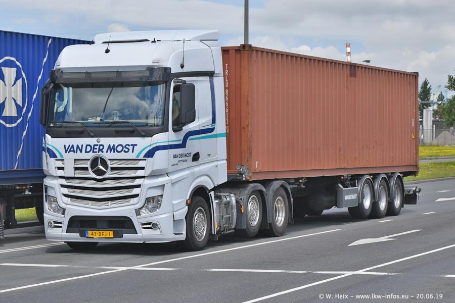 20190621-Rotterdam-Containerhafen-00012.jpg