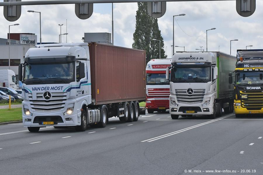 20190621-Rotterdam-Containerhafen-00044.jpg