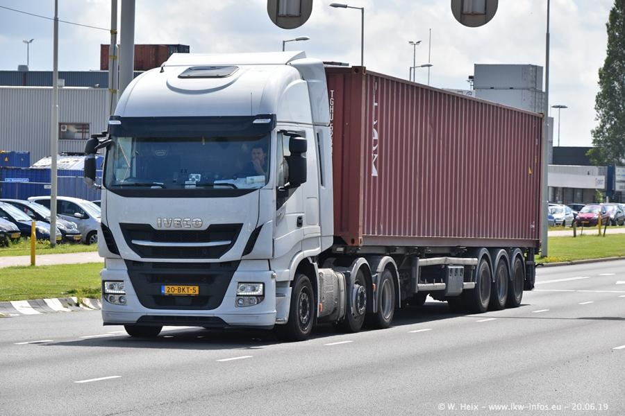 20190621-Rotterdam-Containerhafen-00489.jpg