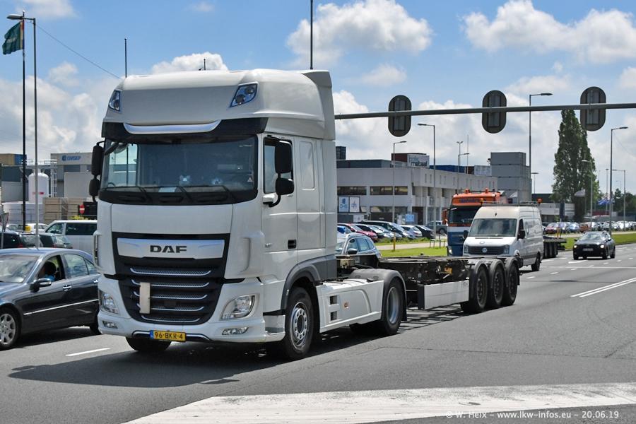 20190621-Rotterdam-Containerhafen-00501.jpg