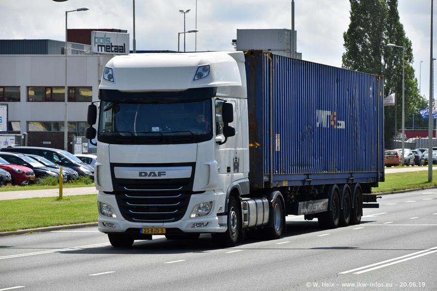 20190621-Rotterdam-Containerhafen-00510.jpg