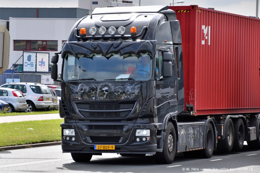 20190621-Rotterdam-Containerhafen-00576.jpg