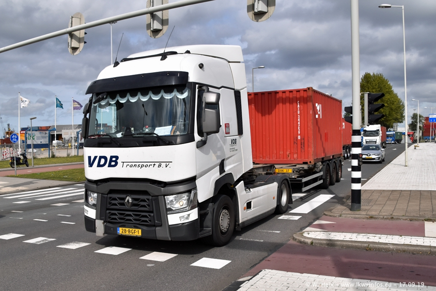 20190621-Rotterdam-Containerhafen-00710.jpg
