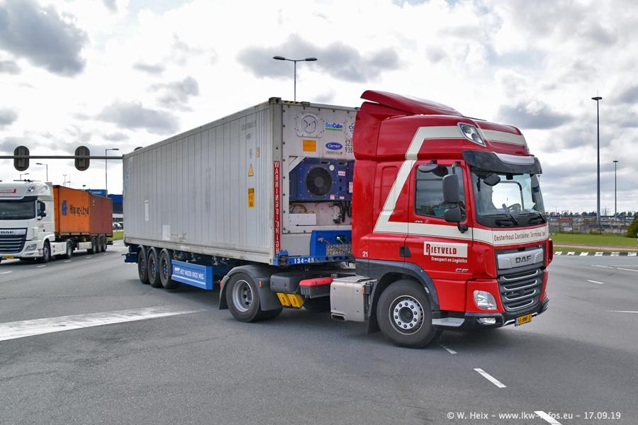20190621-Rotterdam-Containerhafen-00734.jpg