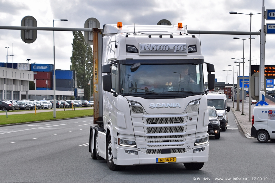 20190621-Rotterdam-Containerhafen-00756.jpg