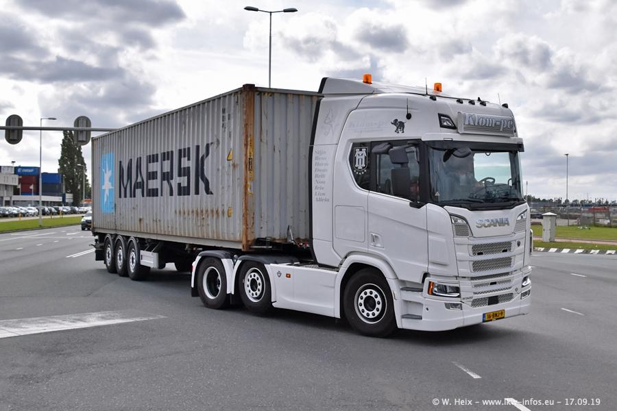 20190621-Rotterdam-Containerhafen-00757.jpg