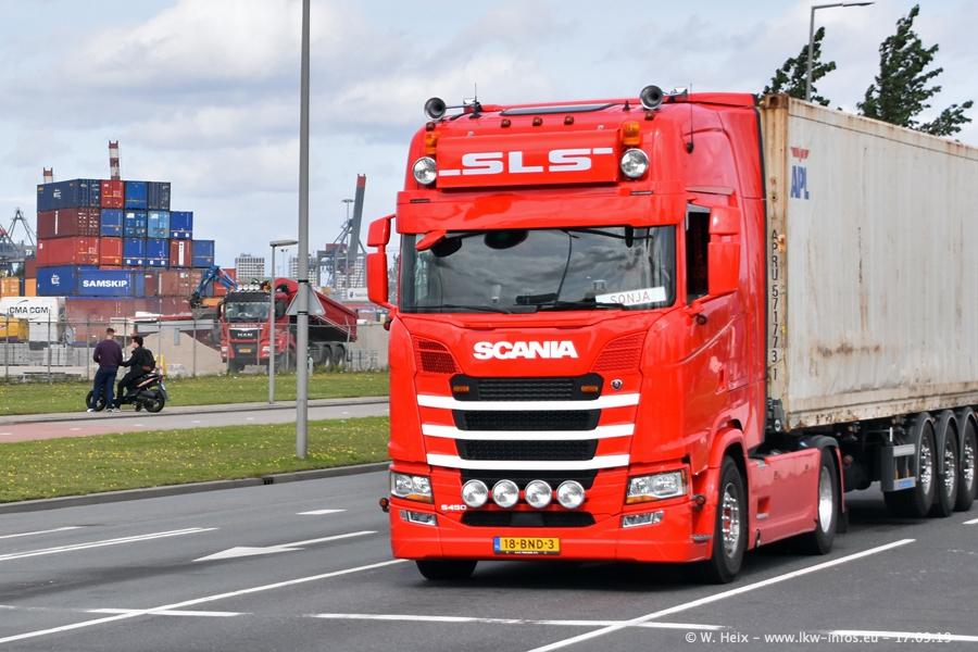 20190621-Rotterdam-Containerhafen-00767.jpg
