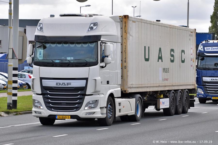 20190621-Rotterdam-Containerhafen-00786.jpg