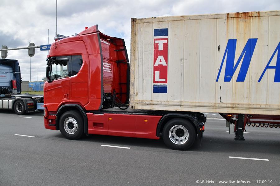 20190621-Rotterdam-Containerhafen-00814.jpg