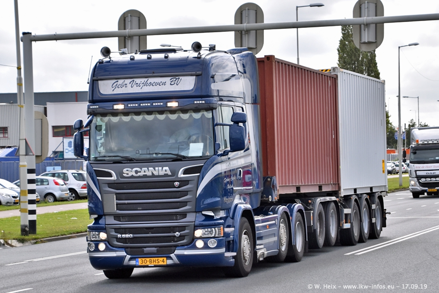 20190621-Rotterdam-Containerhafen-00872.jpg