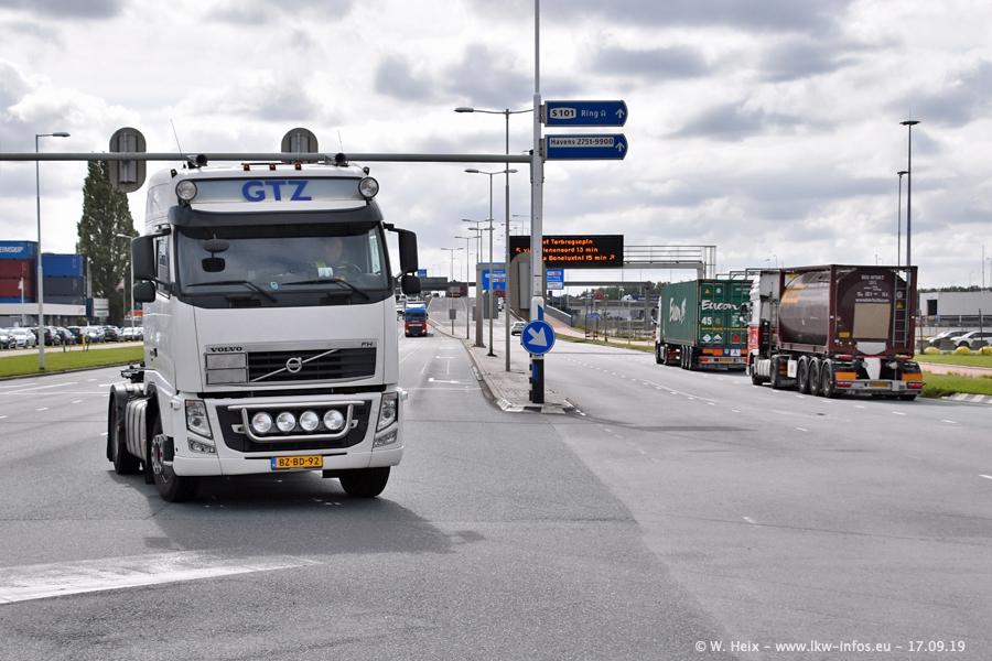 20190621-Rotterdam-Containerhafen-00880.jpg