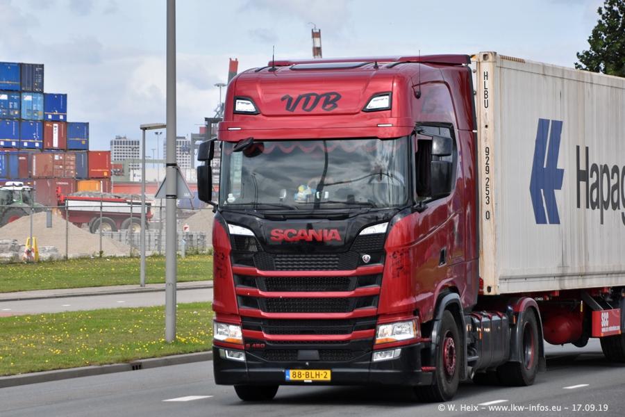 20190621-Rotterdam-Containerhafen-00886.jpg