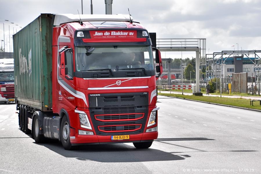 20190621-Rotterdam-Containerhafen-00965.jpg