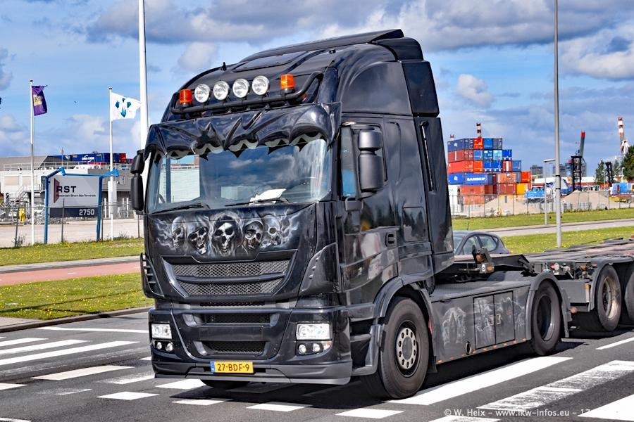 20190621-Rotterdam-Containerhafen-00979.jpg