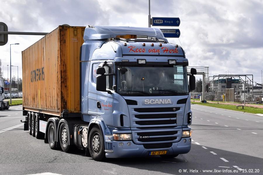 20200801-Rottredam-Containerhafen-00504.jpg