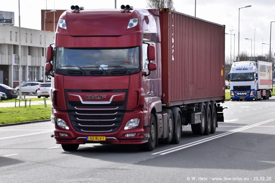 20200801-Rottredam-Containerhafen-00533.jpg