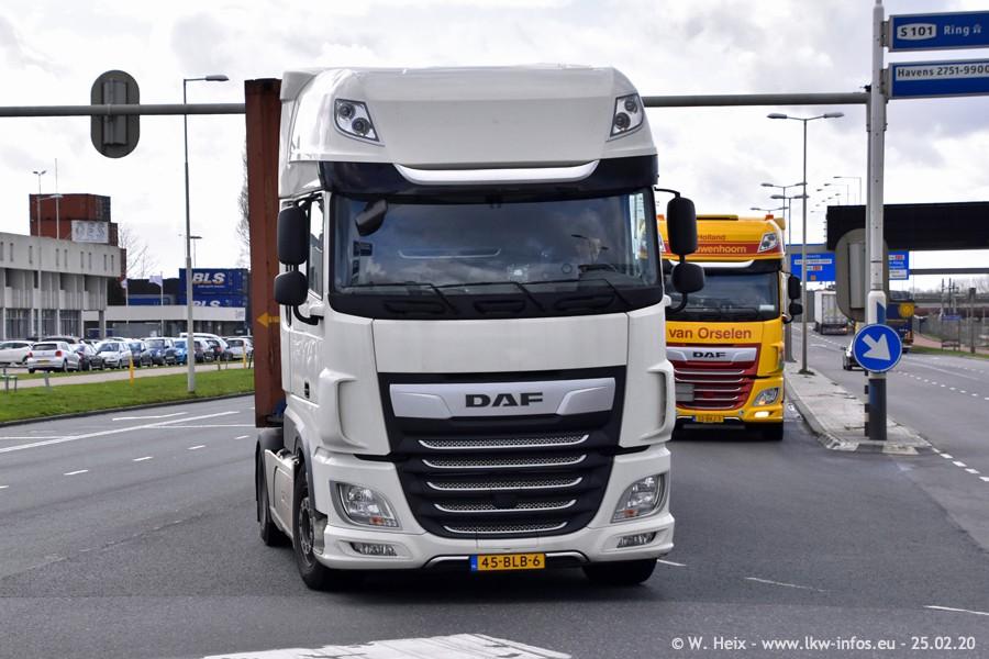 20200801-Rottredam-Containerhafen-00579.jpg