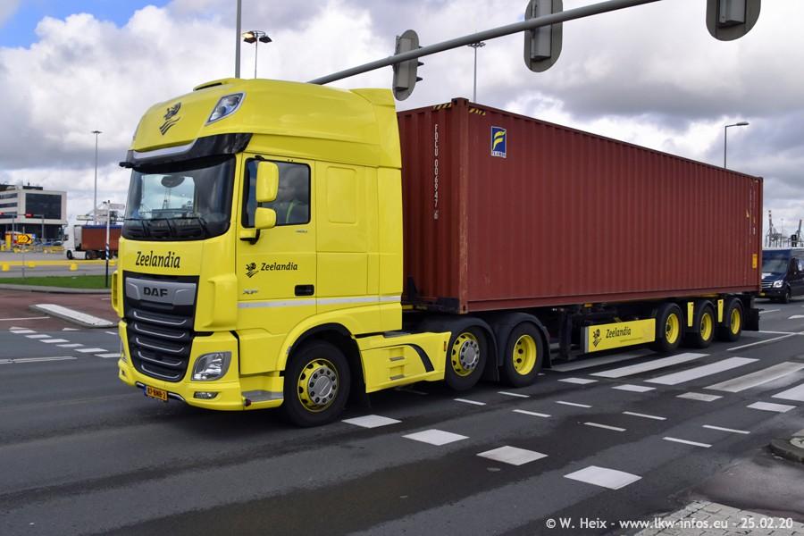 20200801-Rottredam-Containerhafen-00001.jpg