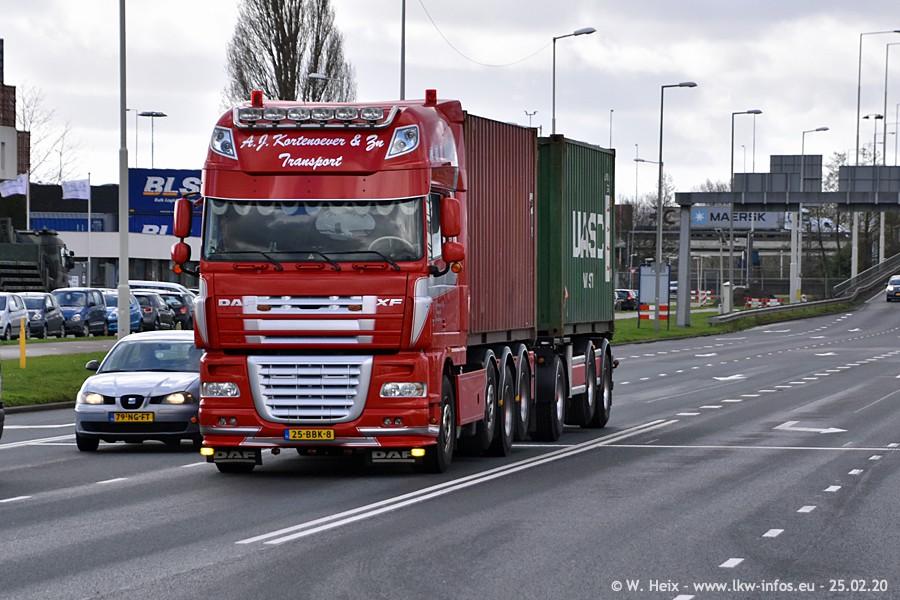 20200801-Rottredam-Containerhafen-00002.jpg