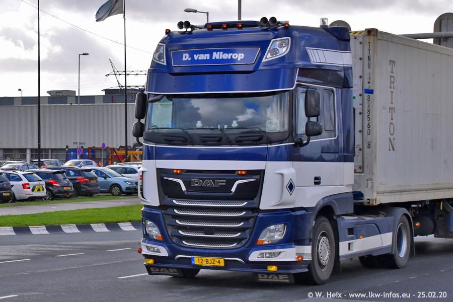 20200801-Rottredam-Containerhafen-00009.jpg