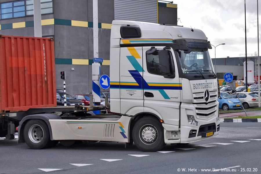 20200801-Rottredam-Containerhafen-00017.jpg