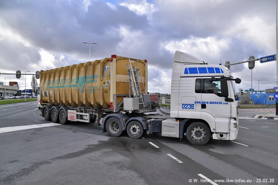 20200801-Rottredam-Containerhafen-00023.jpg