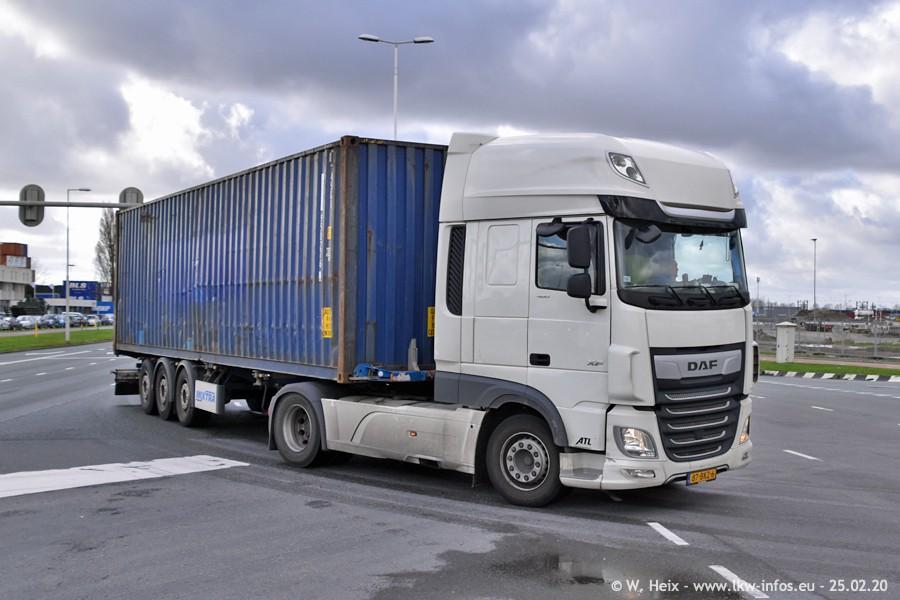 20200801-Rottredam-Containerhafen-00024.jpg