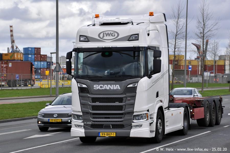 20200801-Rottredam-Containerhafen-00034.jpg