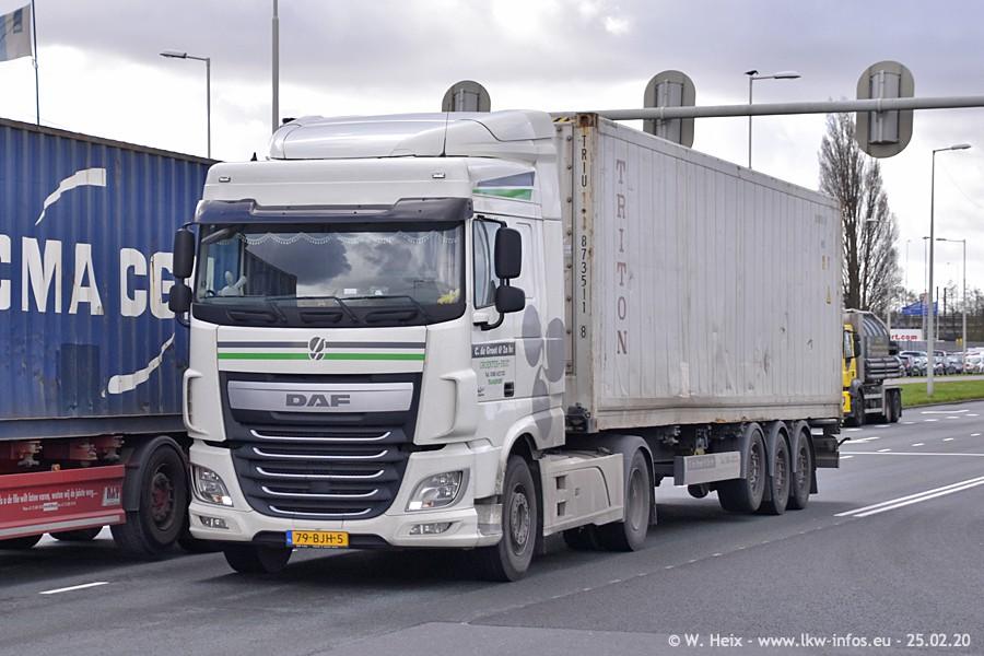 20200801-Rottredam-Containerhafen-00038.jpg