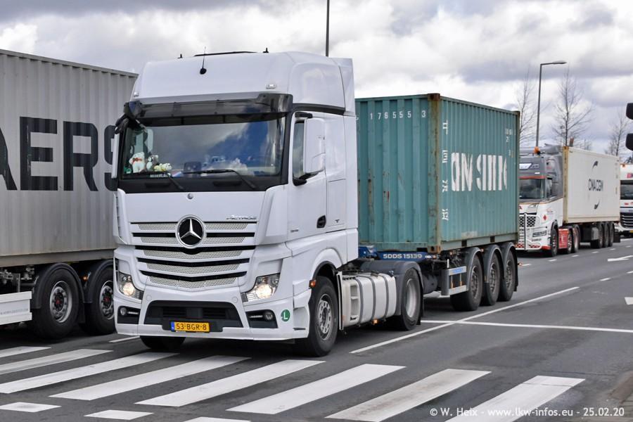 20200801-Rottredam-Containerhafen-00045.jpg