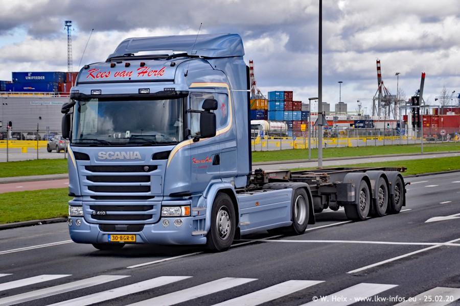 20200801-Rottredam-Containerhafen-00047.jpg