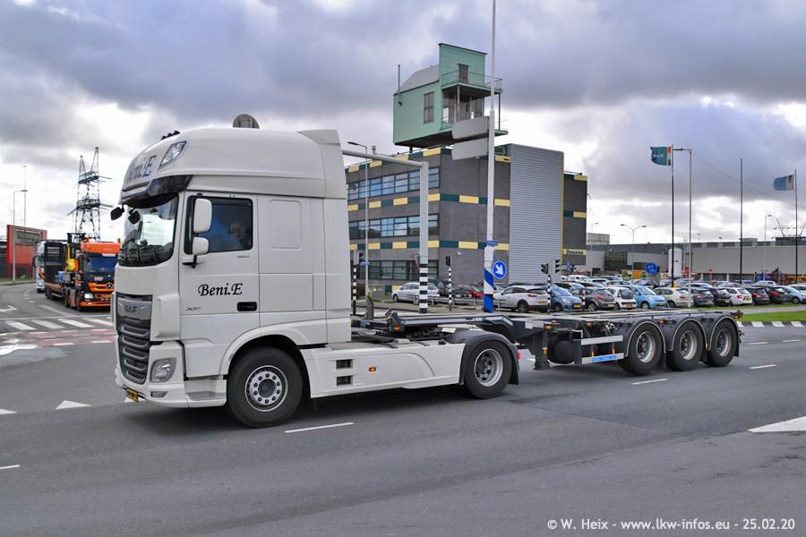 20200801-Rottredam-Containerhafen-00066.jpg