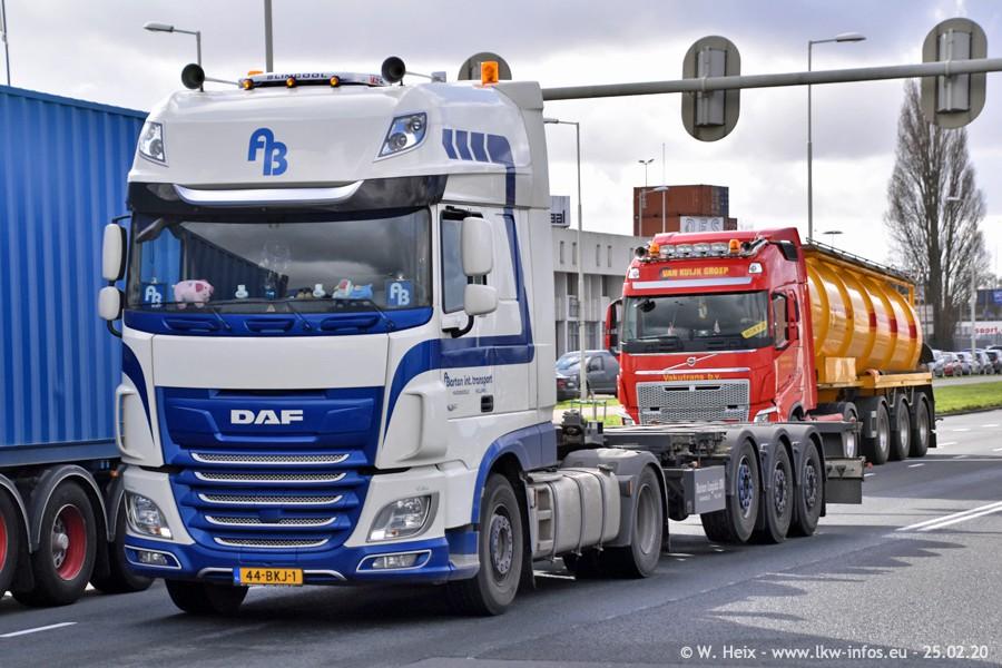 20200801-Rottredam-Containerhafen-00090.jpg