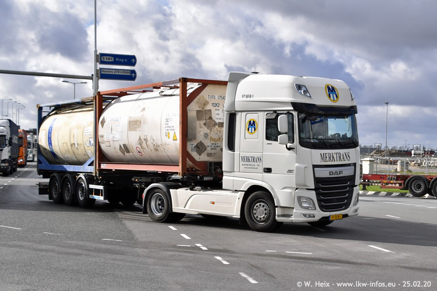 20200801-Rottredam-Containerhafen-00109.jpg