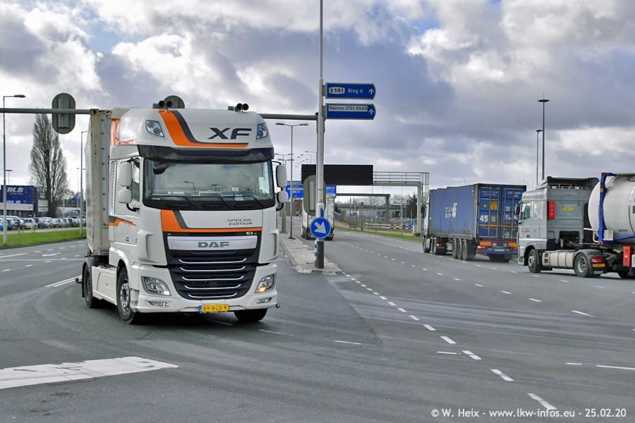 20200801-Rottredam-Containerhafen-00146.jpg