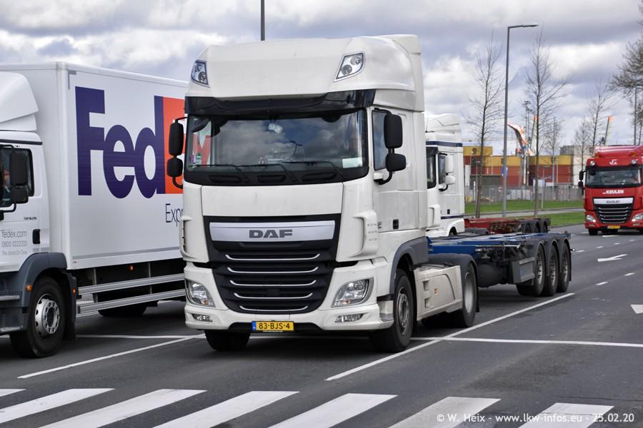 20200801-Rottredam-Containerhafen-00175.jpg