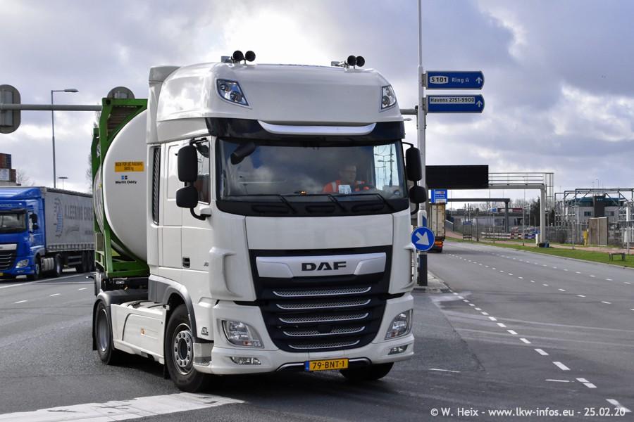 20200801-Rottredam-Containerhafen-00215.jpg