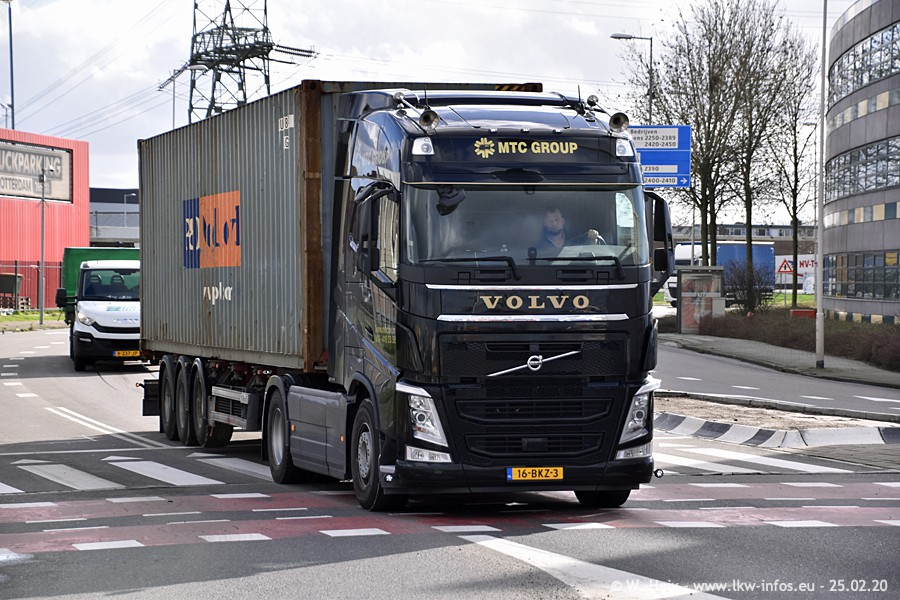 20200801-Rottredam-Containerhafen-00286.jpg