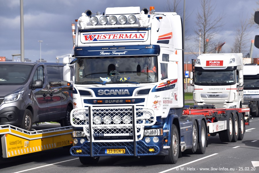 20200801-Rottredam-Containerhafen-00428.jpg