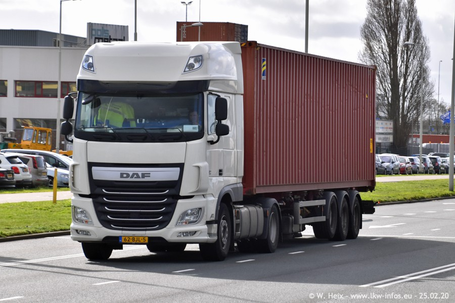 20200801-Rottredam-Containerhafen-00452.jpg