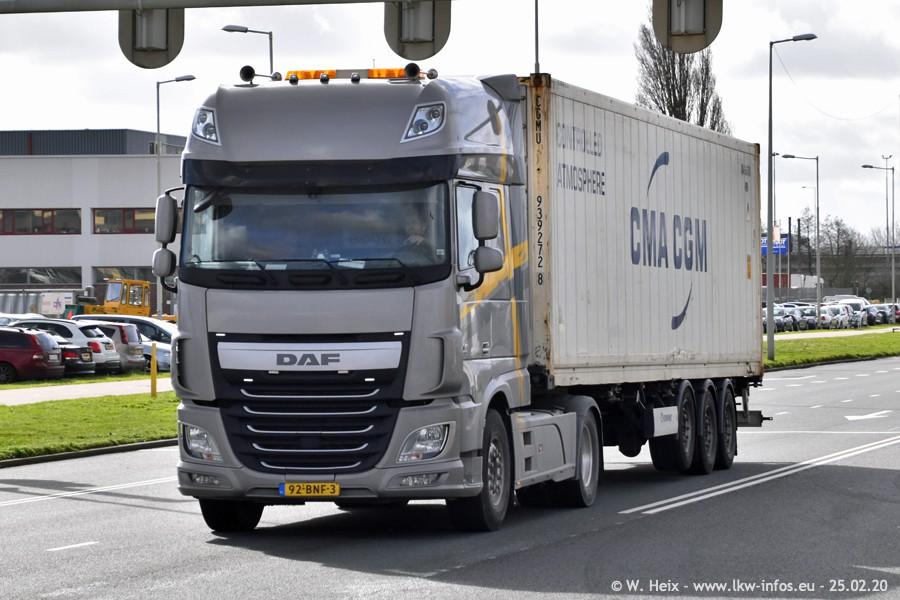 20200801-Rottredam-Containerhafen-00477.jpg