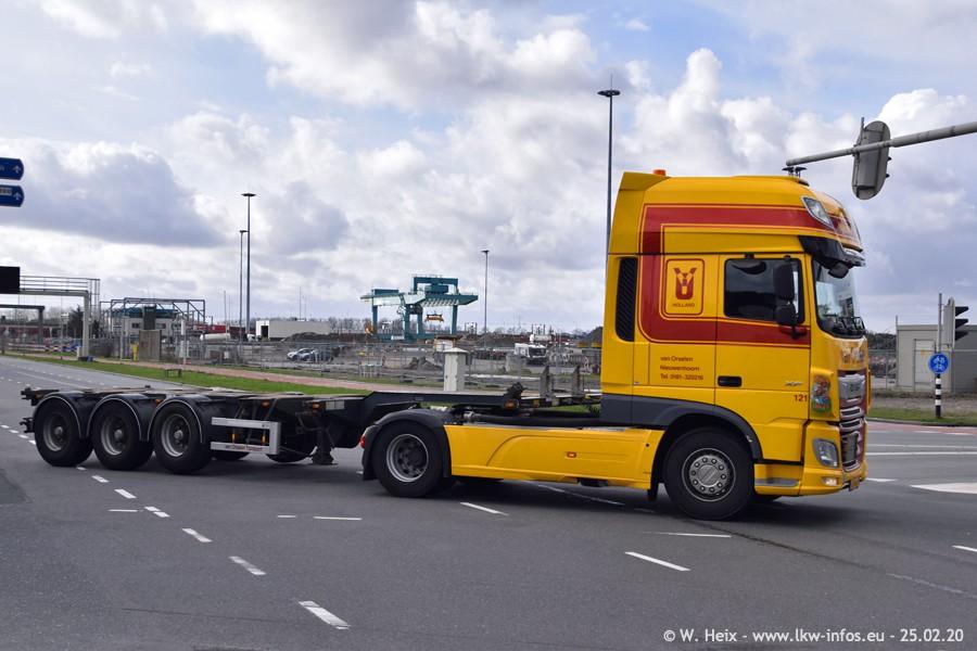 2020816-Rotterdam-Containerhafen-00003.jpg