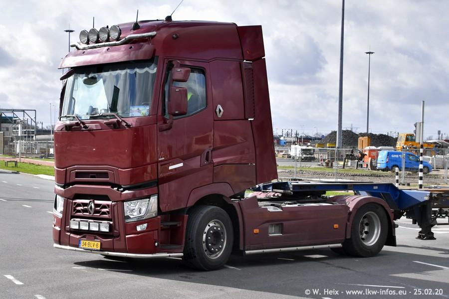 2020816-Rotterdam-Containerhafen-00010.jpg