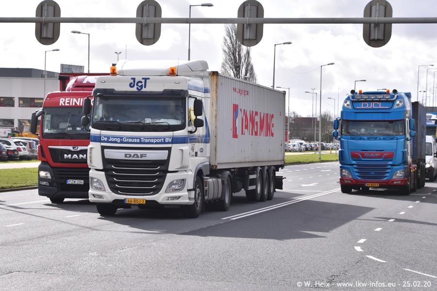 2020816-Rotterdam-Containerhafen-00013.jpg